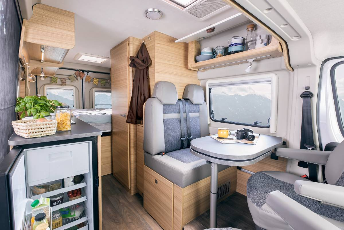 Sunlight-Cliff-Camper Van 600-interieur_1